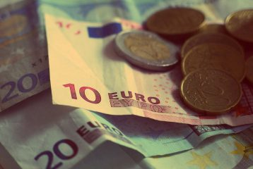 On s'en sortirait mieux sans l'euro : Vraiment ? #DecodeursUE
