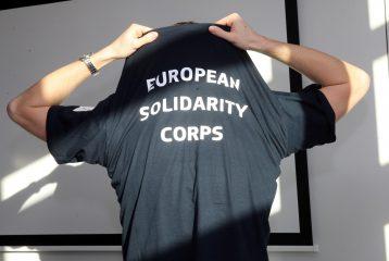Le corps européen de solidarité à l'œuvre après les séismes en Italie