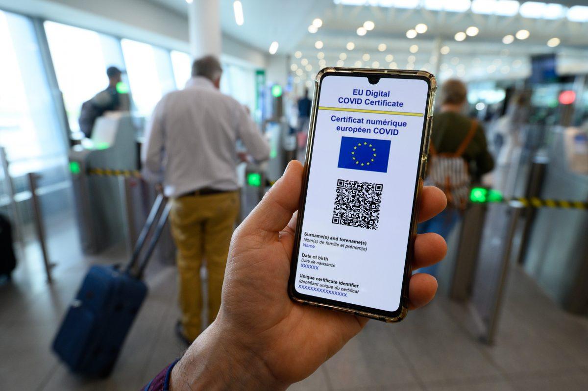 Le Parlement donne son feu vert définitif au certificat Covid numérique de l'UE